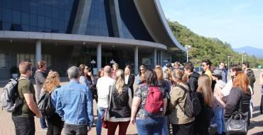 Alunos de engenharia e arquitetura realizam visita técnica no Santuário