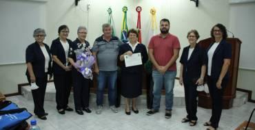 Irmã Anna Tomelin recebe título de cidadã neotrentina