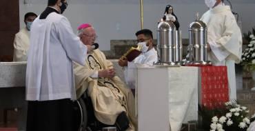Missa do Crisma é celebrada no Santuário Santa Paulina