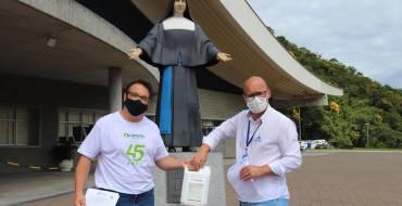 Empresa de Joinville faz doação ao Santuário Santa Paulina